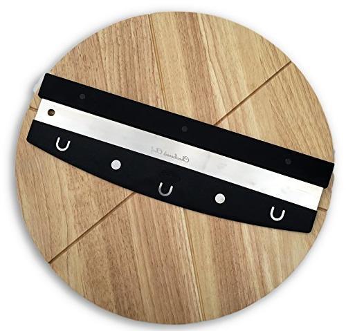 pizza cutter cutting board set