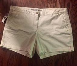 NWT Womens GAP White Girlfriend  5 Inch Shorts Size 18