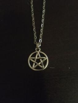 Silver Wiccan Pentagram Necklace 0.5 Inch Pendant And 18 Inc